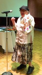 Elaine Gensove - with tenaim bag